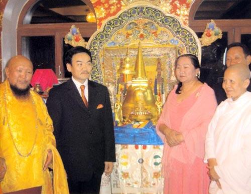 พระกังเชน รินโปเชกับประธานาธิบดีมองโกเลีย
